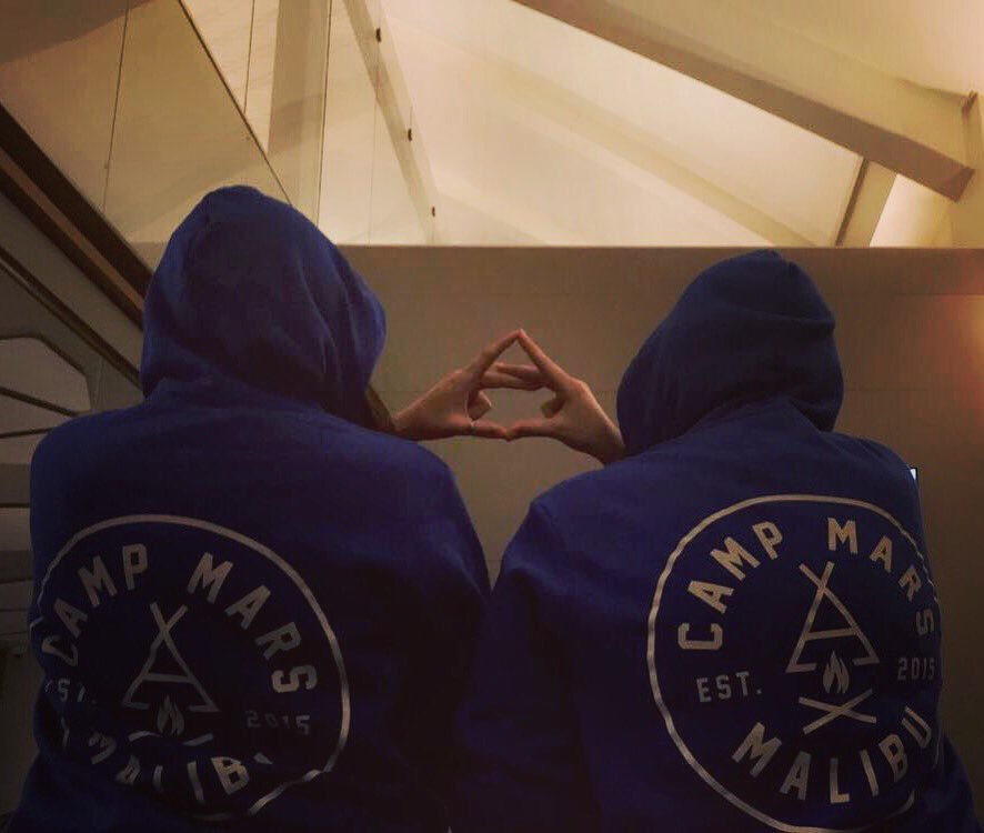 @SummerCampMars @JaredLeto @ShannonLeto @tomofromearth @30SECONDSTOMARS Thank you for the best weekend of our life's https://t.co/UxzAhyuqdq