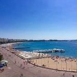#Cannes #CotedAzurNow et vous, cest quand la rentrée? @VilleCannes @CannesPalais @CannesIsYours @davidlisnard https://t.co/GcjC79wFao