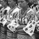 Гуцульські дівчата, 1930-1940 рр. https://t.co/pVzgrWEgz4