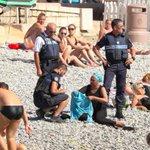 İranda saçı açık diye, Fransada giysisi kapalı diye polis müdahalesi. Kadınlara talimat veren erkek diliniz kopsun https://t.co/ruBrqh3Zna