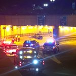 #BreakingNews 1 dead after crash in Sumner Tunnel near Government Center. Entire tunnel closed right now. #wcvb https://t.co/xUGWzglelA
