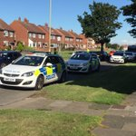 Bomb disposal unit in South Shields. Police say 100 homes evacuated @itvtynetees https://t.co/kjij8vX2wt