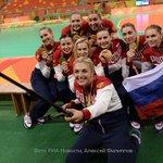 Российские гандболистки решили отдать часть призовых денег за победу на Олимпиаде в Рио паралимпийцам https://t.co/p1WJuOsAwk