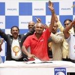 Suriya's Guiness World record for IroningMarathon https://t.co/k4buYffYB4 https://t.co/Jl9IxfjFVs