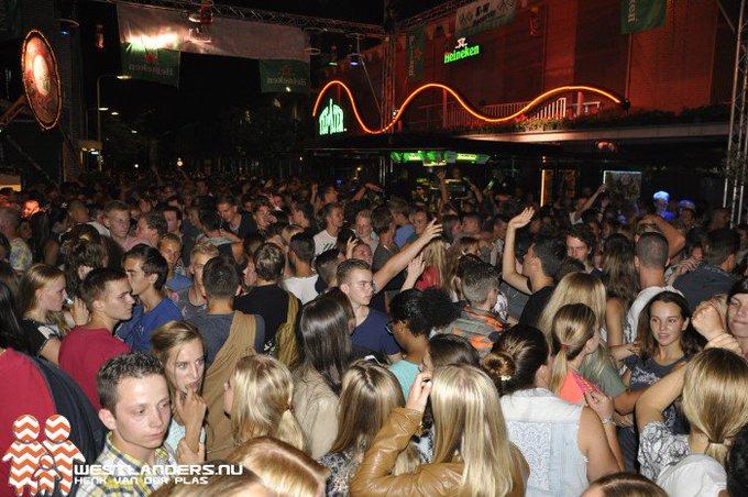 College Westland; wel feestweken maar geen festivals https://t.co/hCh4cgbJlR https://t.co/wO9fveknqe
