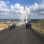 #YavuzSultanSelimKöprüsü açılışı töreni İstiklal Marşımız ve 15 Temmuz şehidlerimiz için Kuran tilavetiyle başladı. https://t.co/YHxkJDc724