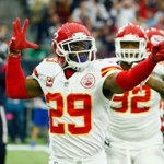 Chiefs Eric Berry, who has missed all preseason, to return to team Sunday. (via @AdamSchefter & multiple reports) https://t.co/gPv1MBEyIN