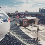 2 nights at the home of @noshoesnation. Were here. Lets spread the love, @GilletteStadium. #SpreadTheLoveTour https://t.co/xwiiPj6pKx