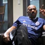 "Heads up to whoever ordered the ""Steve Harvey wearing an SKC kit and smoking a cigar"" photo its ready for pickup. https://t.co/VjAJWAQ9zP"