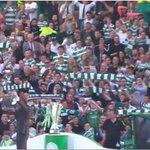 Not Liverpool, but love this picture so much 📷  Celtic fan cant find scarf, uses his kid instead 😂 https://t.co/XBroafq1Ni