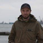 В Широкино от пули снайпера погиб волонтер Владимир Шелудько. Он доставлял на передовую продукты питания RIP https://t.co/JTTUZpXVDu