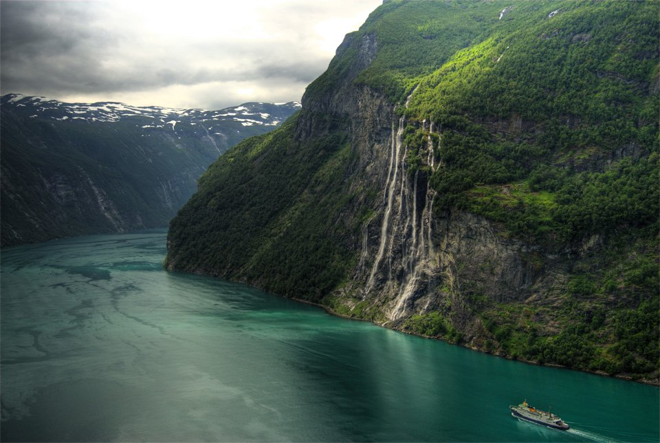 Seven Sisters Waterfall, #Norway | Photography by ©Bergen 64 https://t.co/mt3UFGjII6