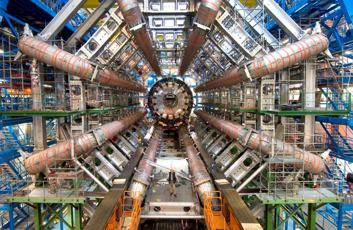 The world's largest particle accelerator - The LHC - was powered up #onthisday in 2008 https://t.co/nRVz4WxNZS https://t.co/wbIVjW2qcQ