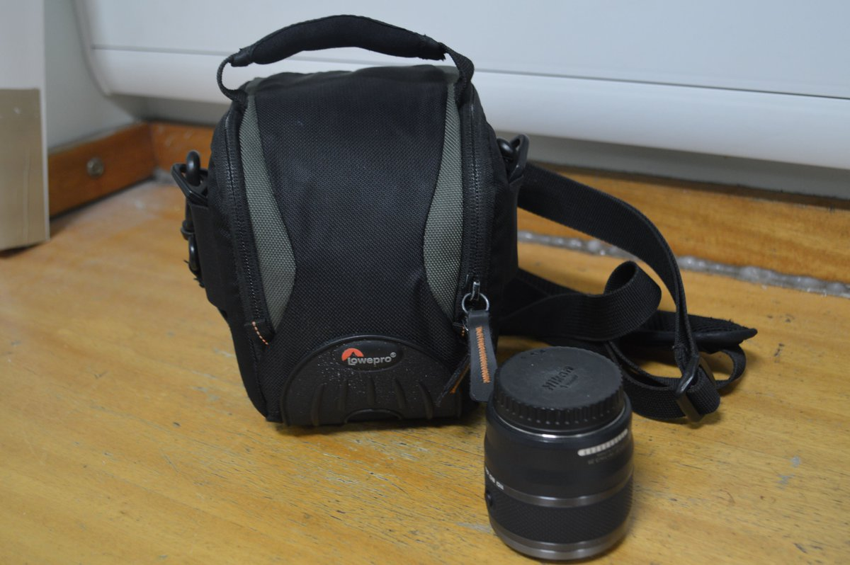 We're appealing to trace owner of camera lens and memory card found at #Curbar Edge https://t.co/0H8uVOoRXl https://t.co/cPnb7PHfJq