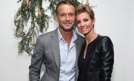 #BREAKING @TheTimMcGraw, @FaithHill to receive stars on Music City Walk of Fame https://t.co/pGT4vB7vw0 https://t.co/XrvDiJT9PI