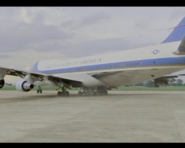 The vc-25 (747-200b) has a top speed of 630mph and range of 7,800 ...