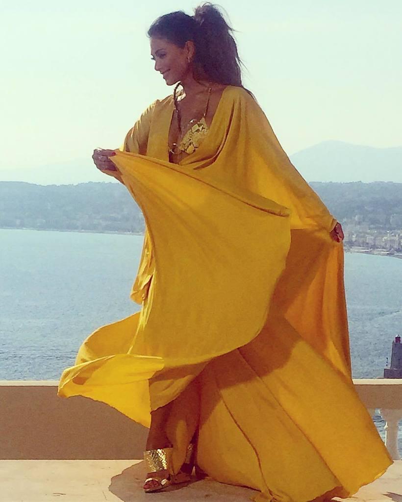 ????you @michaelcostello ! Living in #yellow #cotedazur https://t.co/S0FcqjeRPZ https://t.co/QzMU4HaeZ6