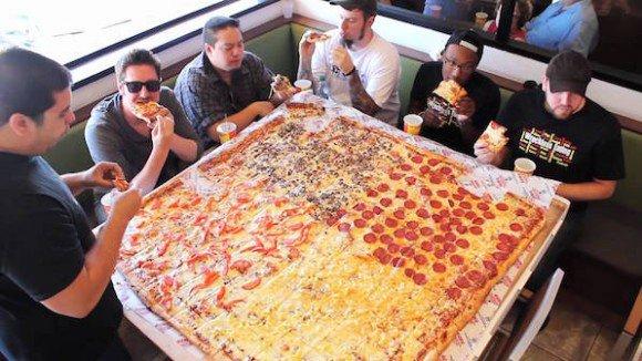 カラパイア : 現金よりもピザ。従業員のやる気を引き出す最も効果的報酬はピザであることが判明(米研究) https://t.co/ss7LKBx6eF https://t.co/AsFOgYJvMw