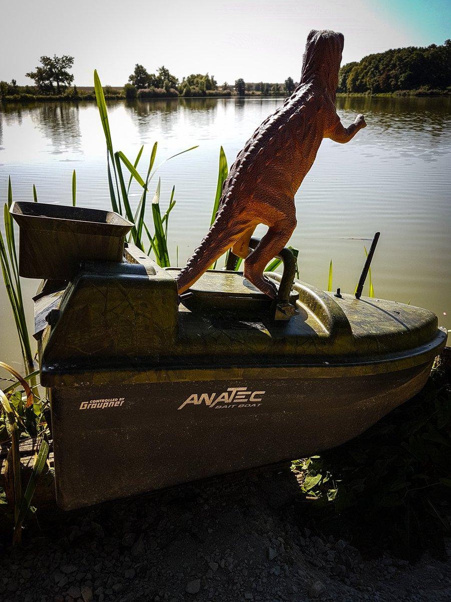 Anatec's new manned bait boats are Awesome! #carpfishing #totalcarp #matthewkingsfordcarpfishing #<b