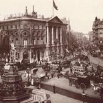 I give you Piccadilly Circus in #London as it looked c.1890 before the adverts (photograph by Charles Wilson). https://t.co/UJniUmnjiH