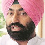 AAP leader Sukhpal Khaira defends Sucha Singh Chhotepur. AAP Punjab in complete chaos. https://t.co/tjgi5pXt0Y https://t.co/HpUO5YLhGn