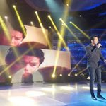 Singing the official theme song of #BarcelonaALoveUntold on #ShowtimeExtreme! #GaryVForBarcelona https://t.co/JjO2yilYQ9
