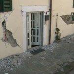 #terremoto estratto corpo da Hotel Roma ad #amatrice. Sale bilancio #vittime: sono 291 @TgrRai https://t.co/1QxNgK6l3S