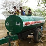 एक महीने से बैराज से नहीं मिला पानी, टैंकर से आपूर्ति https://t.co/hdp1VHZW7Q https://t.co/WHbSV93WLx