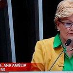 """""""A direita é capaz de vender o Brasil, enrolada em sua própria bandeira e ao som do hino nacional"""". Golpista! https://t.co/btCgKhPZ23"""
