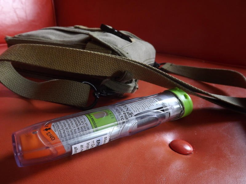 King County's incredibly cheap answer to the EpiPen: https://t.co/piCKjLFVxJ via @KUOW @KCPubHealth https://t.co/pUtxbWUycM