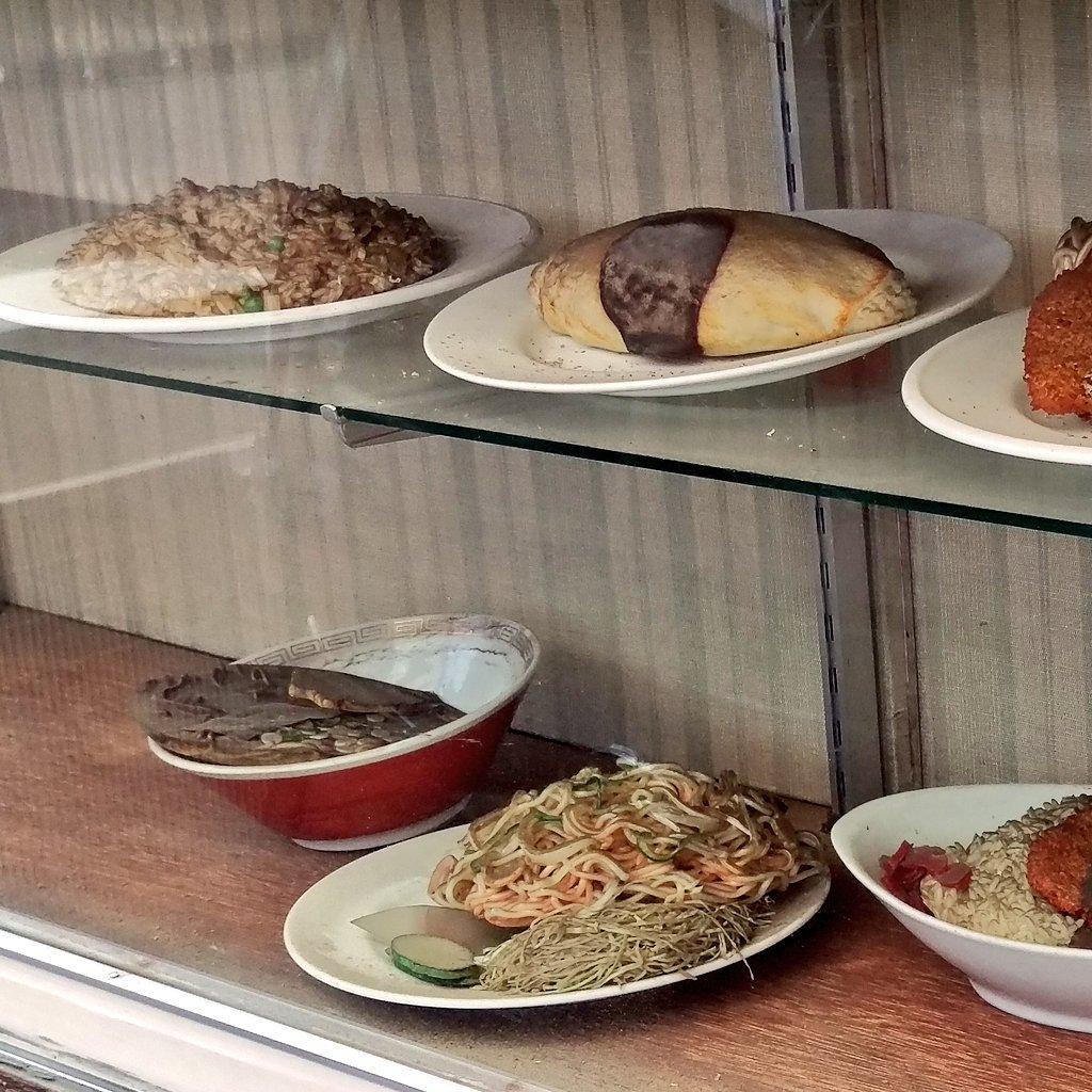 #食品惨プル が面白い! 私も持ってた、この画像。 ラーメンが今にもこぼれそう~ https://t.co/fF7NVMbJ58