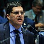 Senador RicardoFerraco acusa Dilma de ter traído a confiança dos brasileiros https://t.co/5D0Gq1VmYO https://t.co/6sP6gUKYy4