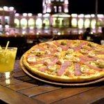 ANTILUNEROOOO matamos al lunes 🌧 con dos pizzas 🍕🍕con Rt ya estás participando #Antilunero https://t.co/0AStOm5POq