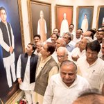 Dedicated a gallery at the Vidhan Bhawan of oil paintings of all CMs of Uttar Pradesh. This is a personal gift. https://t.co/WPZ1FmmO0w