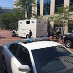 BREAKING: Monument Circle closed as police investigate suspicious package. https://t.co/NwZCIZtf5f https://t.co/sS5c79yRFW