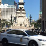 Breaking: Suspicious package closes Monument Circle https://t.co/RKMsSONuhL https://t.co/qhRqJdQxNn