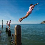 Making the most of the #BankHolidayMonday #weather #Aberystwyth ! © @KeithMorrisAber for @AlamyNews @S4Ctywydd https://t.co/XEx1A6KChx