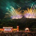 Incredible pyrotechnics at the #VMFireworks @edintfest https://t.co/oCLzujnY7W