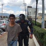 URGENTE Capturan a 4 presuntos asaltantes en la zona 3 de #Quetzaltenango https://t.co/VtY3gWHbpD