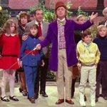 "#BREAKING: Gene Wilder, star of ""Willy Wonka,"" Mel Brooks comedies, dead at 83. https://t.co/NJwJKXwvzK https://t.co/bkkkONJtpO"