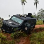 EPP: Camión blindado de la FOPE estancado en zona https://t.co/TQxsc3hF9N https://t.co/Xpn0nFP8Gt