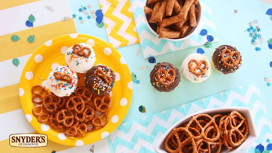 Make a wish, September babies. RT and we might send you a crunchy present. #PretzelsBaby https://t.co/Eovk3HdOBl