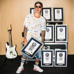 Justin Bieber has set a total of 8 OFFICIAL GUINNESS WORLD RECORDS in the past year alone. Congrats @justinbieber! 🎉 https://t.co/TulM334cg0