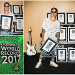 .@justinbieber sings his way into the new #GWR2017 book with a set of 8 record titles! https://t.co/2aY8af6Ew5 https://t.co/mqCkKkNK1Q