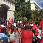 NOW: farm workers holding rally on Capitol steps. Happy with passing of #AB1066 https://t.co/cSFr077ZCZ