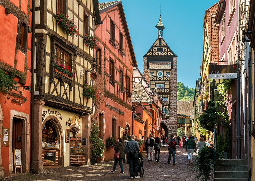 Riquewihr, Alsace, #France | Photography by ©Nick Moulds https://t.co/rElNHlXblC