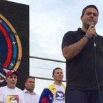 PRESUMEN QUE FUE EL SEBIN. Voluntad Popular denuncia secuestro del dirigente Yon Goicoechea https://t.co/IUM7bZBVyS https://t.co/wezuMS2Rcy