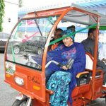 """""""@Austynzogs Minister for Environment,Amina Mohammed has inspected d first Solar powered Tricycle assembled in #NGR https://t.co/DqzylADL3r"""
