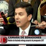 #AHORA el ministro de Hacienda entrega proyecto del presupuesto 2017 #DíaADíaPy https://t.co/ukzuMuvKGV