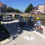 Kinderen fietsen onderdoorgang  Rozemarijnbrug in! #Gent weer wat meer #fietsstad #hetkananders https://t.co/ywSDFG9IeN
